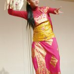 アニンディタさんのバリ舞踊